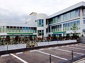 私立敬愛たかお保育園(10m・徒歩1分)