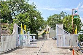 所沢市立山口中学校まで徒歩15分(1170m)