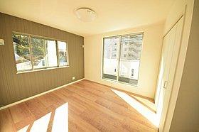 モデルハウスにて、実際の外観、室内がご覧頂けます。