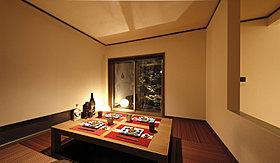 LDKとほどよいプライバシー性がある隠れ家的な和室。