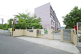 長池小学校