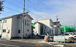 アイダ設計 【甲府市大里町15-P1】 カースペース3台完備でゆとりある生活を送れます