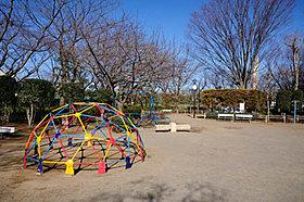 ■東部スポーツパーク・・・徒歩14分(1060m)