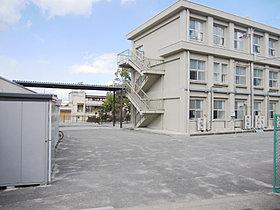田辺小学校徒歩約1分(約80m)