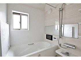 システムバス(浴室TV、換気暖房乾燥機付)