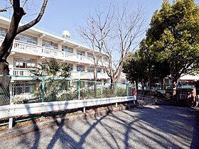 横浜市立榎が丘小学校まで約700m