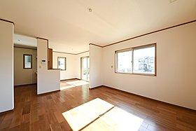 2階、7帖の洋室にはWICを配置。お部屋はいつもスッキリ。
