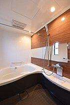 1.25坪のバスルームにはワイド浴槽。