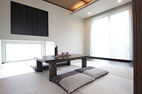 和室はリビングと一体としての広々空間としても、客間としても