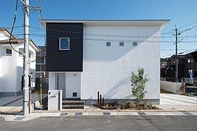 デザインにこだわったシンプルなお家