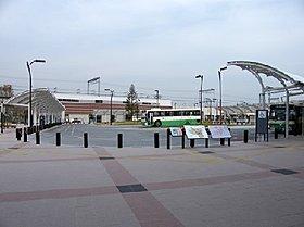 三山木駅前バスロータリー