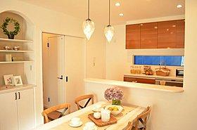 オープンキッチン&オリジナル収納