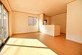 JR中央線東小金井徒歩14分。食洗機、浴室乾燥機、3帖超のロフト収納付き