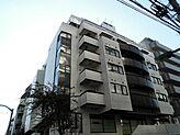 昭和60年1月築、タイル張りの外観です