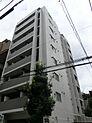 御茶ノ水駅より徒歩8分、秋葉原駅より徒歩10分程