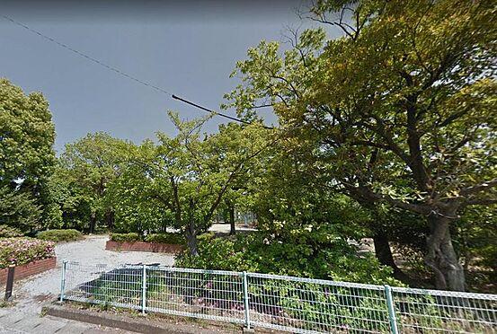 アパート-大垣市南若森4丁目 閑静な住宅街に緑が映える公園