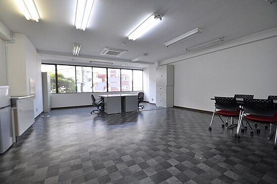 ビル(建物全部)-北九州市小倉南区徳力7丁目 改装済で爽やかで明るい室内