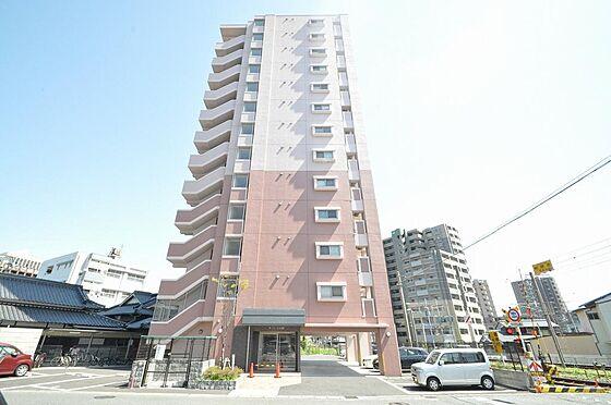 ビル(建物全部)-北九州市小倉南区下曽根4丁目 タイル張り、ツートンカラーでお洒落な外観