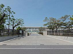 岡崎市立六名小学校まで114m