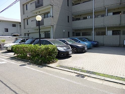 マンション(建物全部)-藤沢市鵠沼海岸4丁目 駐車場