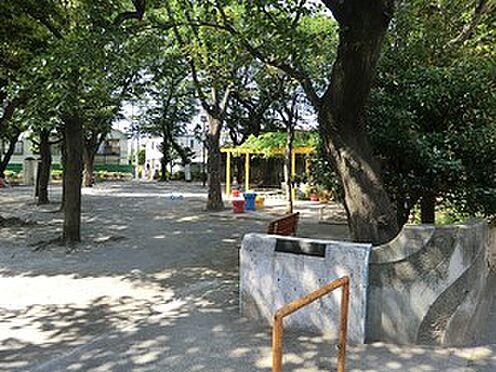 アパート-目黒区中目黒5丁目 伊勢脇公園