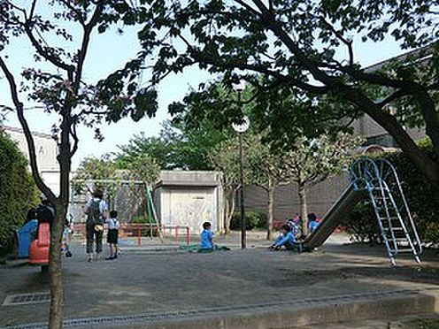 マンション(建物全部)-目黒区東が丘1丁目 周辺環境:第二曽根児童遊園