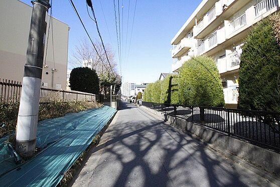 マンション(建物全部)-ひたちなか市東石川1丁目 前面道路