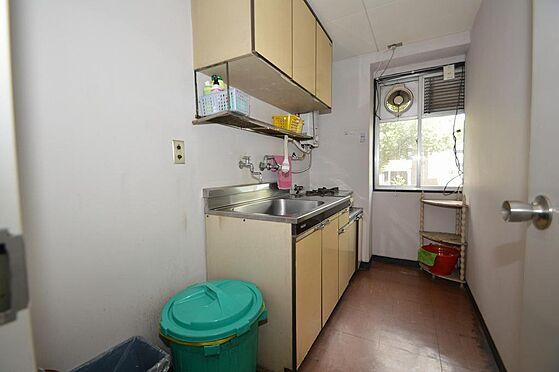 マンション(建物一部)-名古屋市中区上前津2丁目 テナント階には給油室有り。