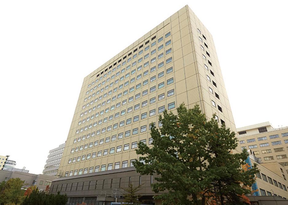 札幌医科大学附属病院 約1,730m(徒歩22分)