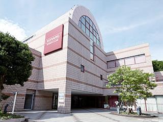 コナミスポーツクラブ横浜 約1,040m(徒歩13分)