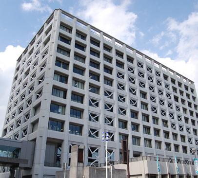富士市役所 約380m(徒歩5分)