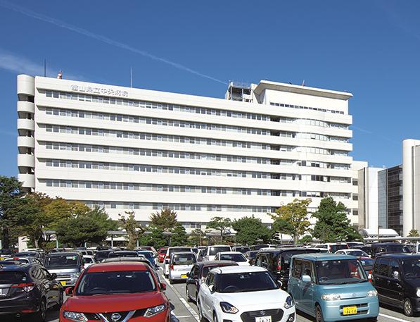 富山県立中央病院 約1,660m(徒歩21分)