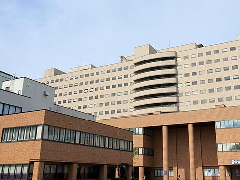 北海道大学病院 約2,680m(徒歩34分)