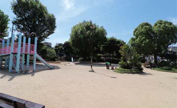 榮公園 約490m(徒歩7分)