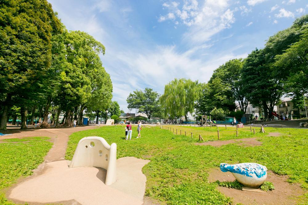 東板橋公園 約430m(徒歩6分)