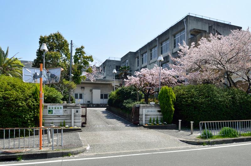 市立原山台ひかり小学校※1 約690m(徒歩9分)