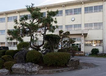 米子市立福米東小学校 約470m(徒歩6分)