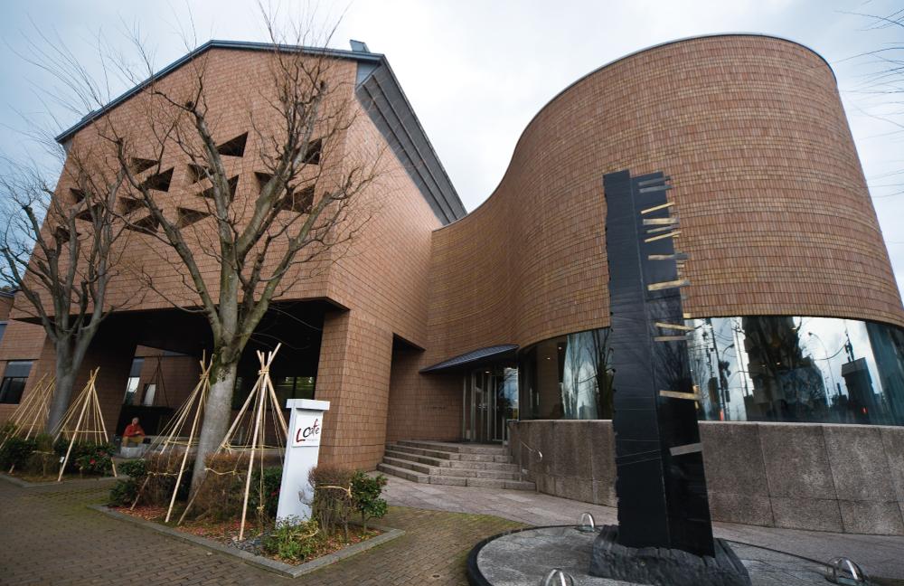 泉野図書館 約400m(徒歩5分)