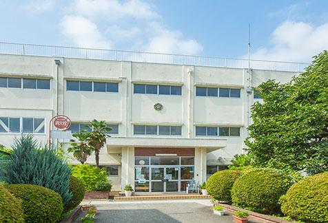 市立桜岡小学校 約520m(徒歩7分)