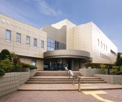札幌市中央図書館 約1,370m(徒歩18分)