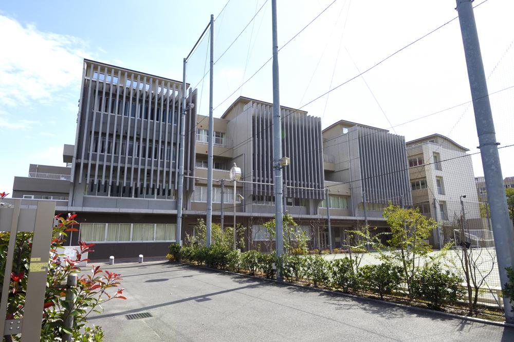 八王子市立第五中学校 約1,200m(徒歩15分)