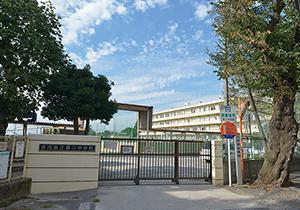 市立第三中学校(通学区) 約1,140m(徒歩15分)