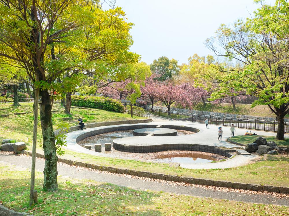 上坂部西公園 約870m(徒歩11分)