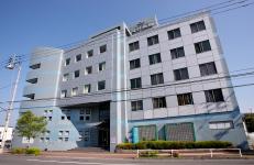 岡村病院 約10m(徒歩1分)