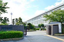 市立白鷺小学校・中学校 約990m(徒歩13分)