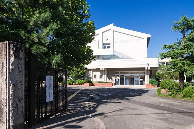 私立 豊川幼稚園 約400m(徒歩5分)