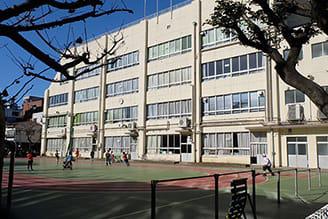 区立第二日暮里小学校 約410m(徒歩6分)