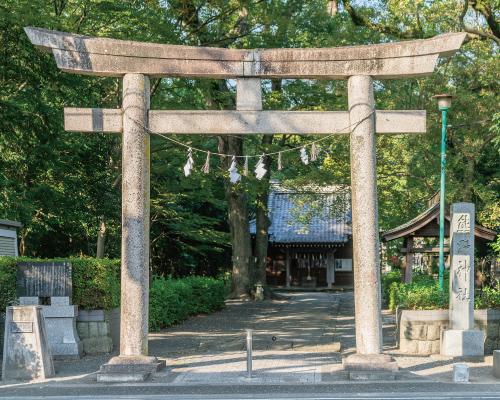 熊野神社・安東公園 約470m(徒歩6分)