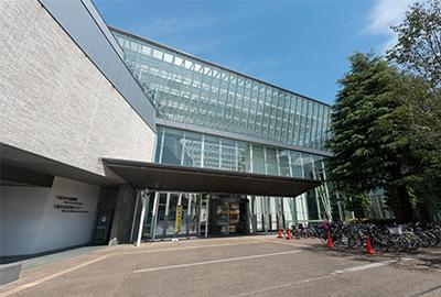 千葉市中央図書館 約880m(徒歩11分)※1
