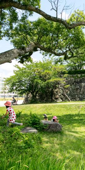 佐賀城公園 約1,530m(徒歩20分)